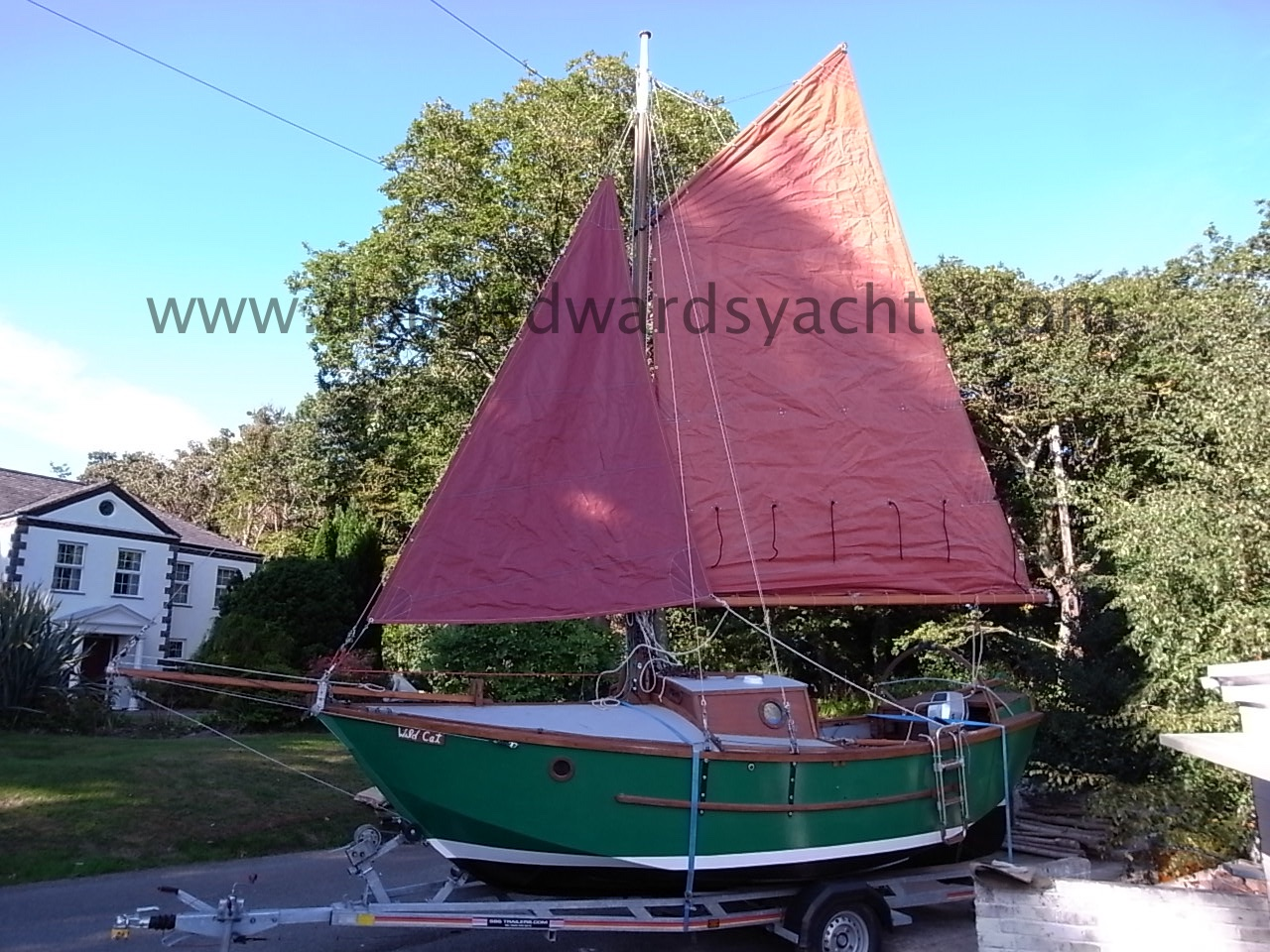 Sherry 19 Gaff Rigged Trailer Sailer Image