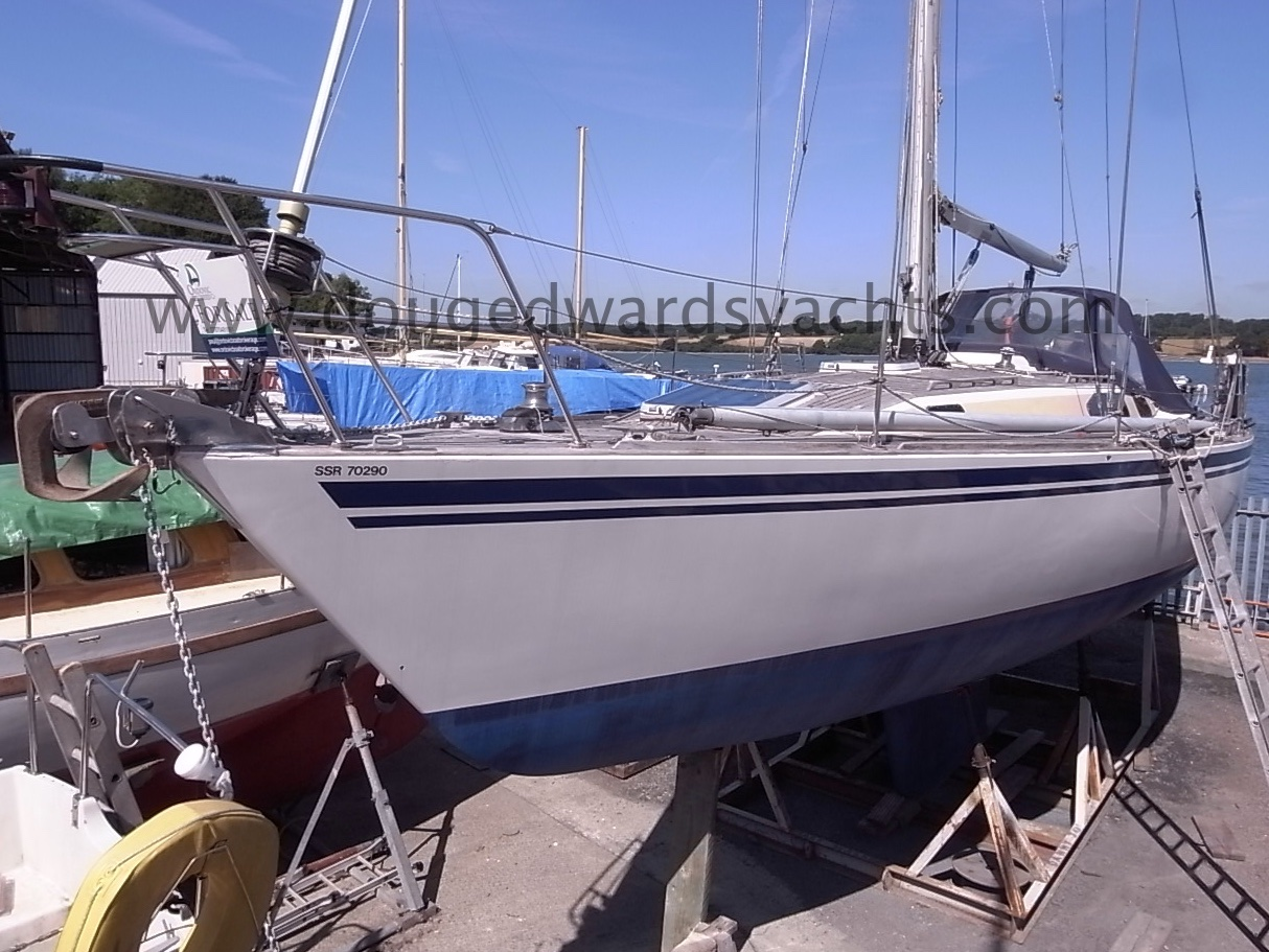 Sovereign 400 Fin Keel Image
